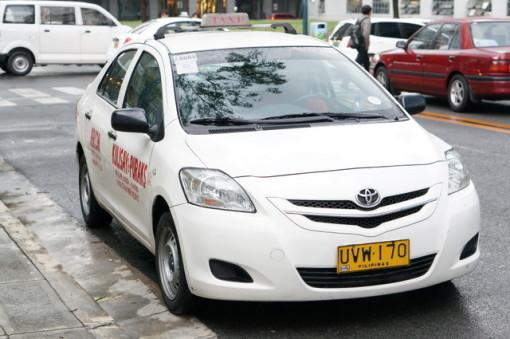 フィリピン タクシー