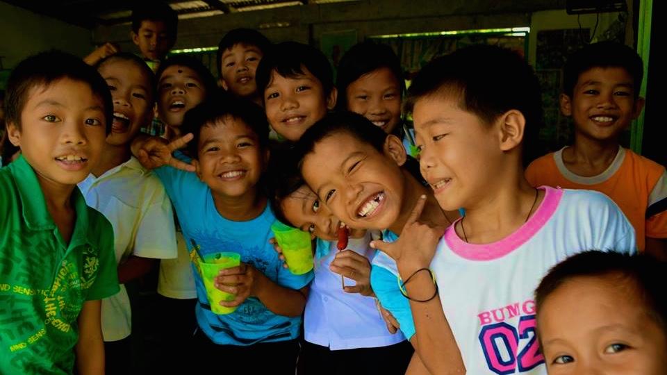 フィリピン・子供・教育・永住
