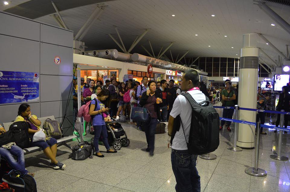 フィリピン・飛行機・遅延・不便
