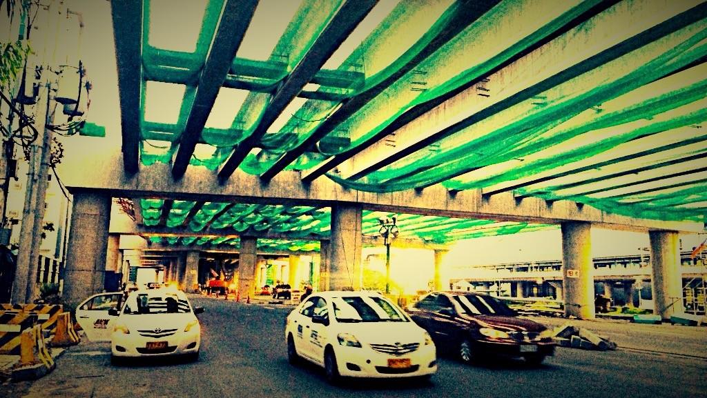 フィリピン・タクシー_Fotor