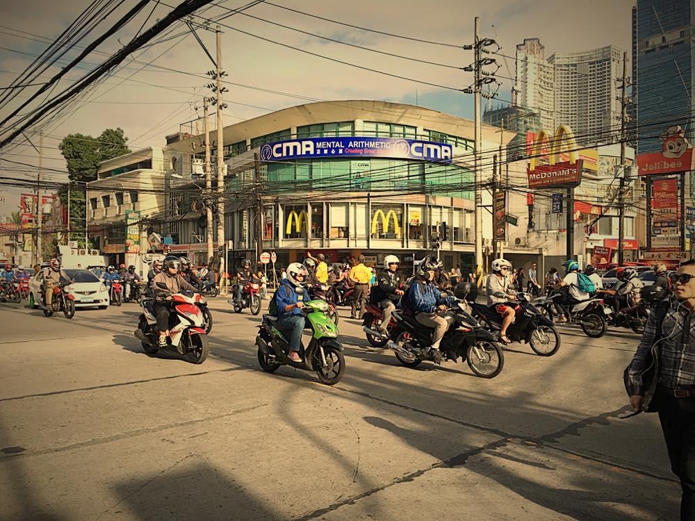 フィリピン・渋滞・原因・対策3