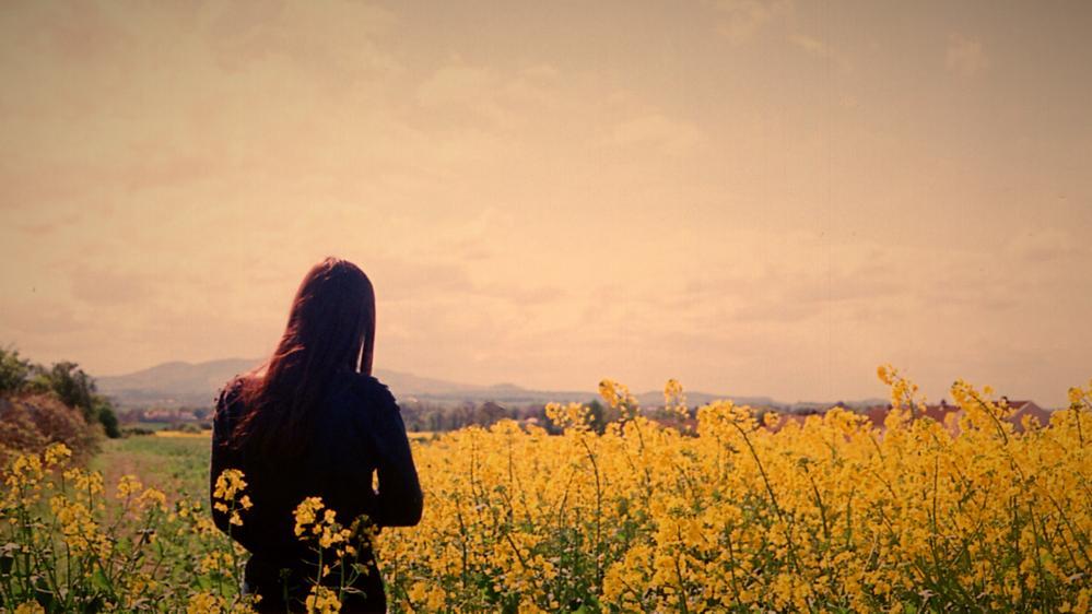 woman-in-flowers