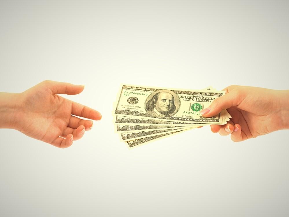 roan-money