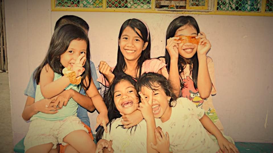 フィリピン・子供・画像